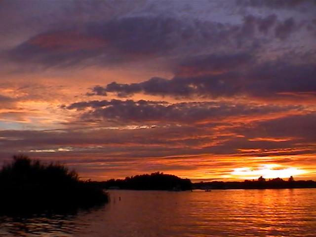 sunset by Denkbeeldhouwer