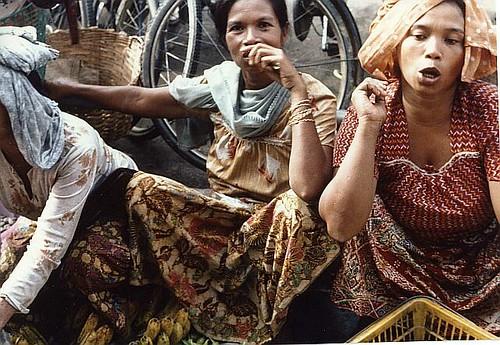 malaysia market women 02