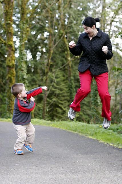 karate kid meets flying mom - _MG_3046.JPG