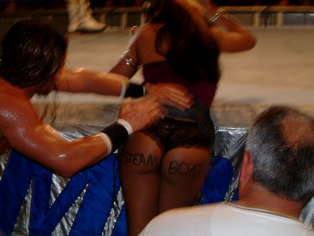 130242214 b64be678ca z jpgWwe John Morrison And Melina Kiss