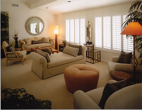 Living room layout i don 39 t really like this living room for Large living room design layout