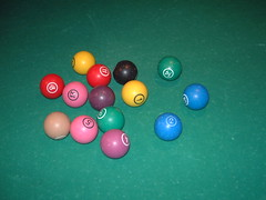 nine-ball(0.0), macro photography(0.0), carom billiards(0.0), eight ball(0.0), english billiards(0.0), pocket billiards(1.0), indoor games and sports(1.0), sports(1.0), pool(1.0), games(1.0), billiard ball(1.0), circle(1.0), blue(1.0), ball(1.0), cue sports(1.0),