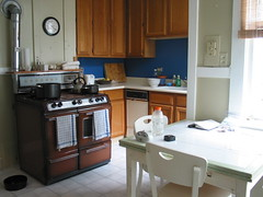 006 Kitchen
