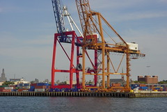 crane vessel (floating)(0.0), freight transport(0.0), ship(0.0), drilling rig(0.0), jackup rig(0.0), dredging(0.0), floating production storage and offloading(0.0), heavy lift ship(0.0), offshore drilling(0.0), construction equipment(0.0), port(1.0), machine(1.0), vehicle(1.0), transport(1.0), container ship(1.0),