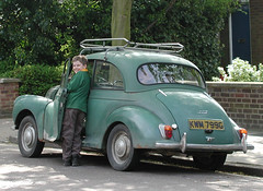 volkswagen beetle(0.0), volkswagen type 14a(0.0), automobile(1.0), vehicle(1.0), mid-size car(1.0), morris minor(1.0), compact car(1.0), antique car(1.0), classic car(1.0), vintage car(1.0), land vehicle(1.0), motor vehicle(1.0),