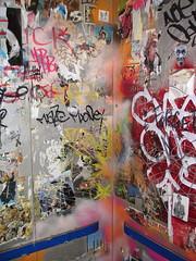 poster(0.0), collage(0.0), art(1.0), mural(1.0), graffiti(1.0),