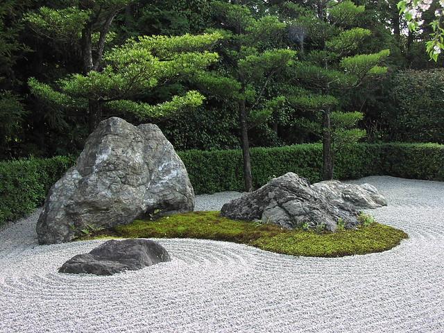 Rocks, moss, pebbles... everything zen