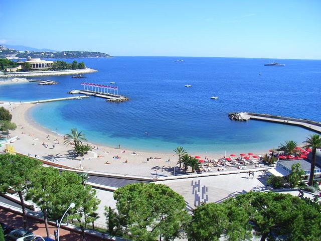 пляж Larvotto