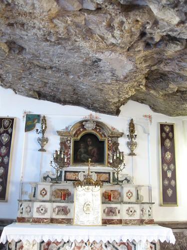 Madonna della Rocca shrine