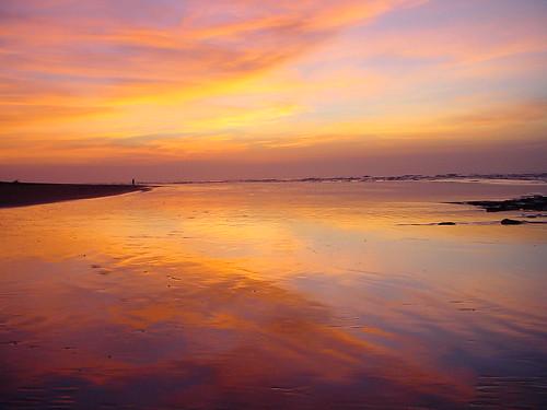morning light sky orange beach yellow clouds sunrise reflections ilovenature sand glow panama between centralamerica lossantos specnature utatafeature azueropeninsula