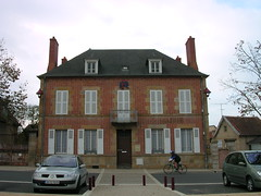 mairie (NEUILLY-LE-REAL,FR03)