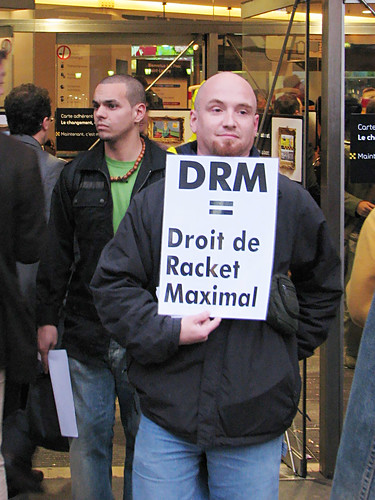 StopDRM Protest in Paris 7