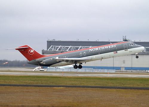 Northwest Airlines - DC-9-31
