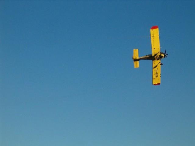 Avion iznad jezera Bubanj