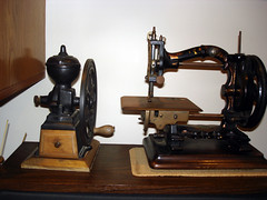 steam engine(0.0), sewing machine(1.0), art(1.0), wood(1.0), iron(1.0),