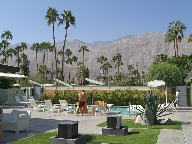 Palm springs century hotel mountain view flickr for Palm springs strip hotels
