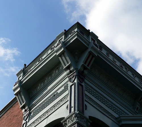 building architecture facade illinois historic taylorville cornice sheetmetal mesker meskerbrothersironworks