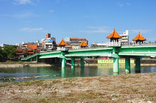0H61三峽長福橋