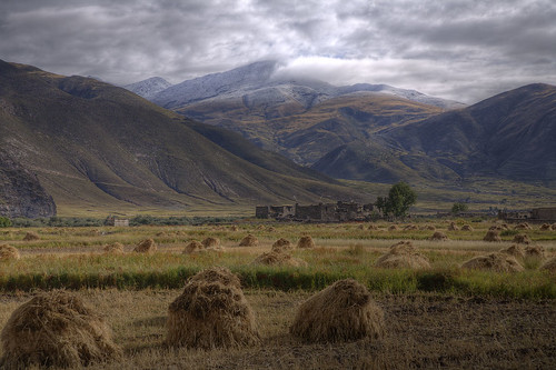 HDR - On the way to Lin Zhi Tibet by Gary Wong Photography