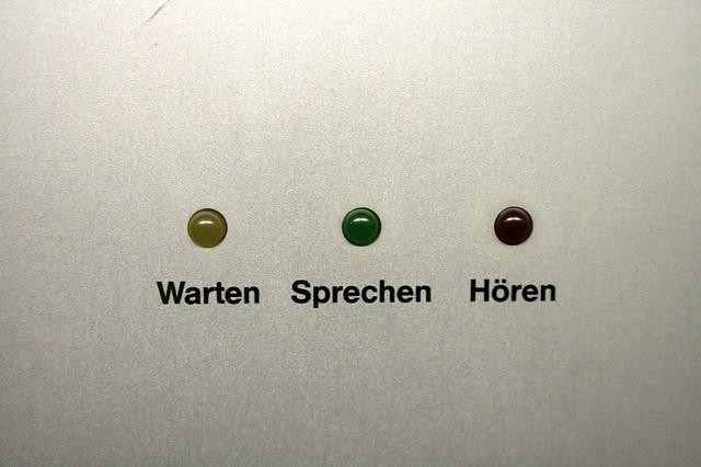 Warten - Sprechen - Hören