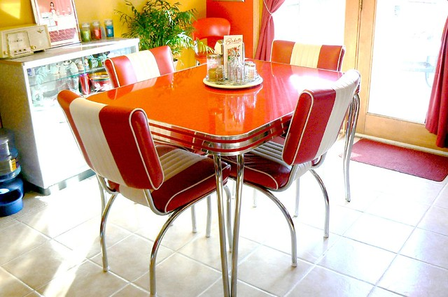 My retro 1950 39 s dinette table flickr photo sharing for Retro dinette sets