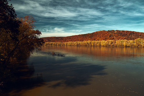 autumn mountain fall water river riverside pennsylvania susquehanna