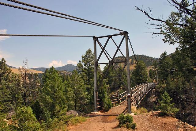 Hellroaring Creek Trail