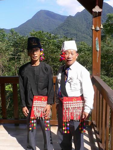 Lazum wan Bau and Zit Hkun Chang Sau in Wulai