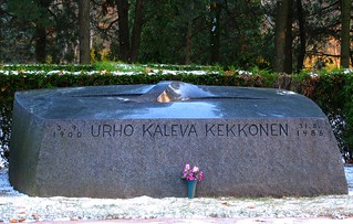 Billede af Urho Kaleva Kekkonen. cemetery grave graveyard stone helsinki kaleva hietaniemi urho kekkonen ukk