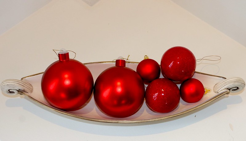 More red baubles