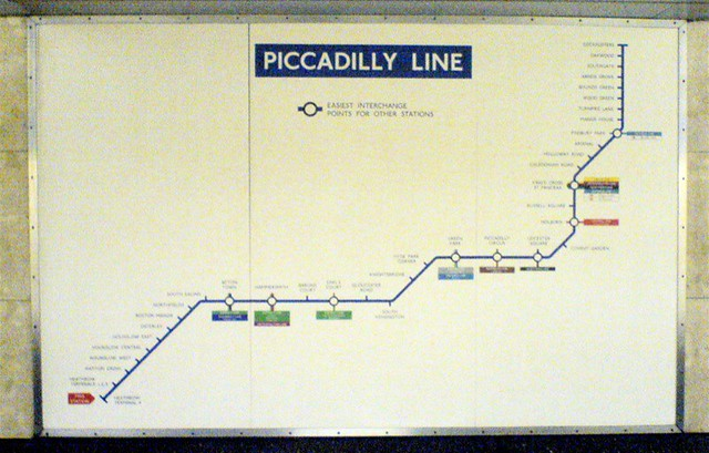 Piccadilly Line | Flickr - Photo Sharing!