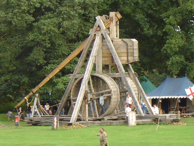 Largest Working Medieval Trebuchet Flickr Photo Sharing
