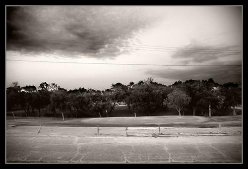 street contrast golf nikond70s golfcourse phuzzy396