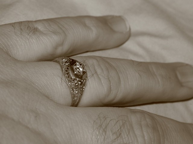 how to make a big ring fit your finger