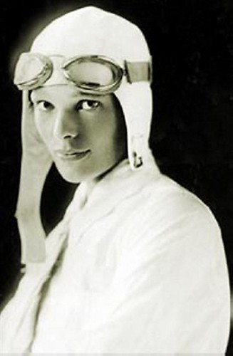 Amelia Earhart | by miss_rogue