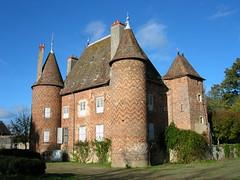 château (CHAPEAU,FR03)
