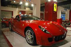 automobile(1.0), ferrari 599 gtb fiorano(1.0), wheel(1.0), vehicle(1.0), performance car(1.0), automotive design(1.0), auto show(1.0), ferrari s.p.a.(1.0), land vehicle(1.0), luxury vehicle(1.0), supercar(1.0), sports car(1.0),