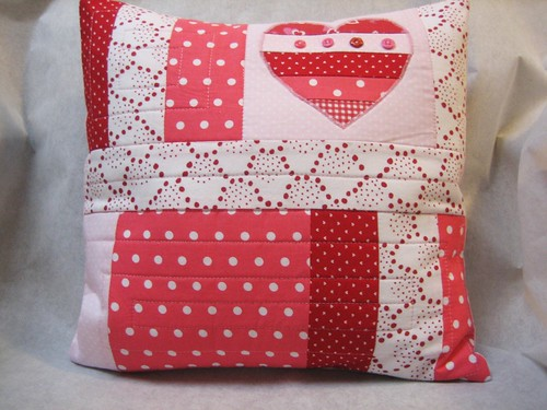 valentine heart applique pillow