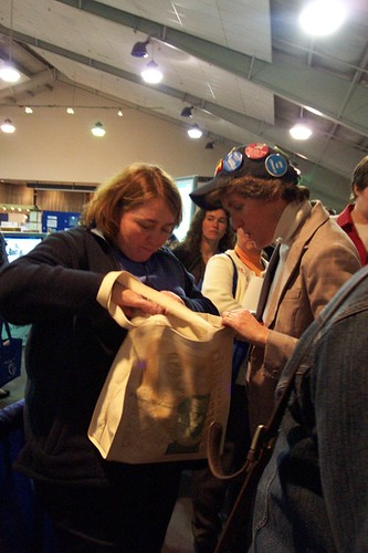 Rifling through the Barnes & Nobel raffle prize