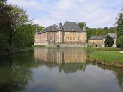 stately home, castle, building, reservoir, lake, manor house, estate, reflecting pool, reflection, water castle, canal, pond, waterway, moat,