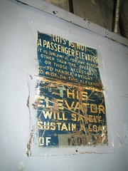 Freight elevator sign