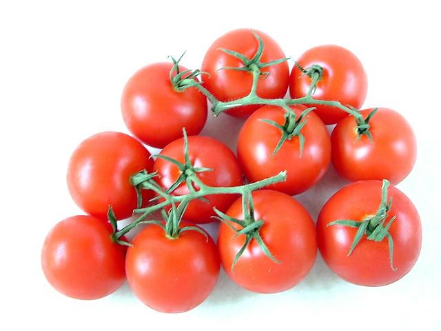 how to cut campari tomatoes