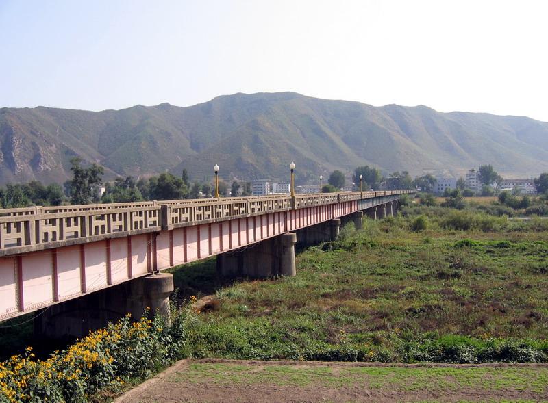 Bridge to North Korea (Tumen)