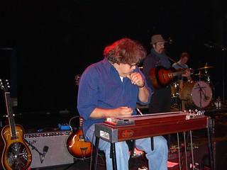 Jon Rauhouse at his MSA lap steel, Shepherds Bush Empire 2006