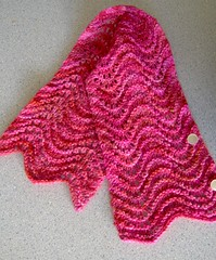 feather and fan neckscarf