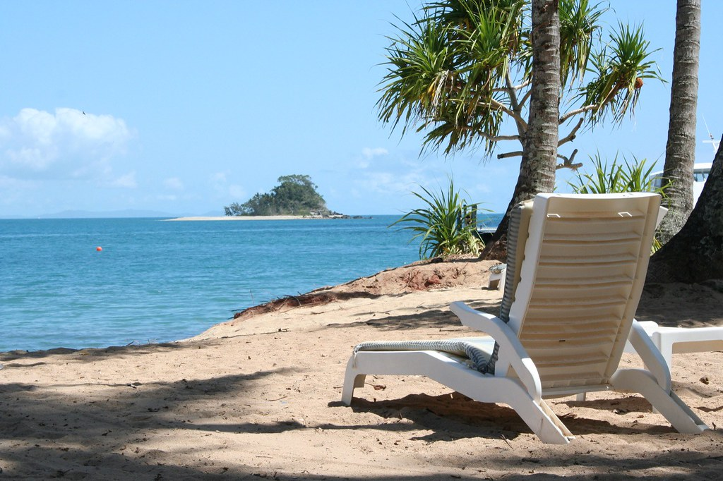 Dunk Island Is Rebuilt: We Stopped Here For A 45 Minute Break On Our