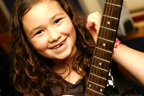 aidan on guitar    MG 6036