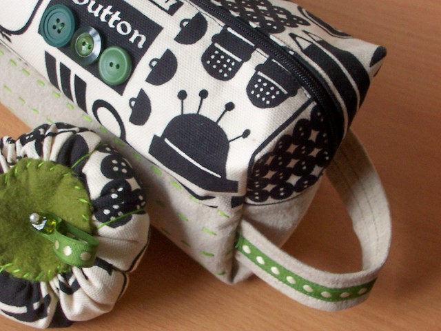notion pouch w/ matching pincushion