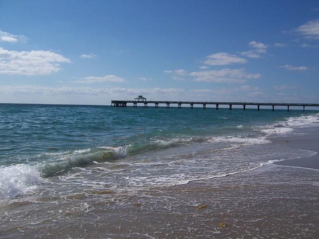 Deerfield beach fishing pier fishing pier in deerfield for Deerfield beach fishing pier
