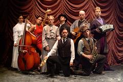 Thu, 2005-05-05 22:11 - Houdini '03 Cast